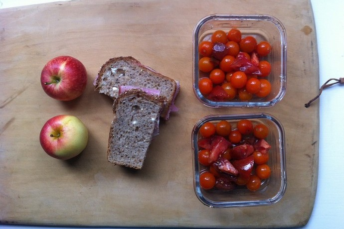 5 of the best websites for school lunch ideas that are easy, healthy, and realistic. No wacky bento art.