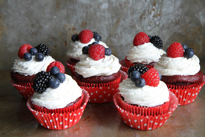 4th of July dessert recipes for a crowd: Gluten-Free Red Velvet Cupcakes | Heather Christo
