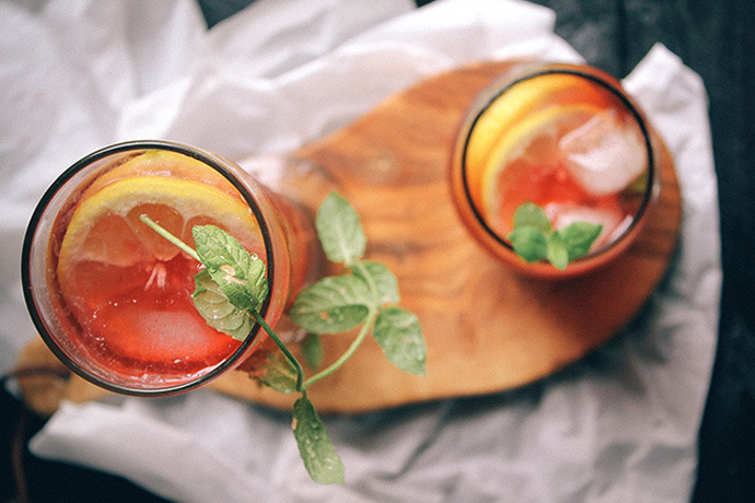 Weekend Toast: Arnold Palmer cocktail and mocktail recipes to cool down in these dog days of summer.