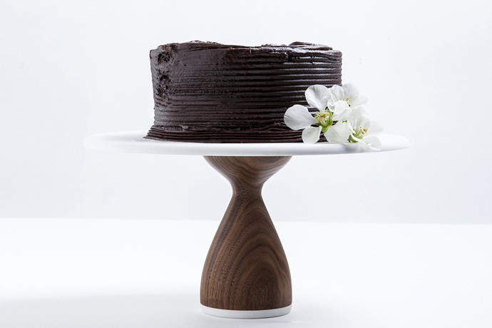 AHeirloom Cake Stand | Gifts for Cooks