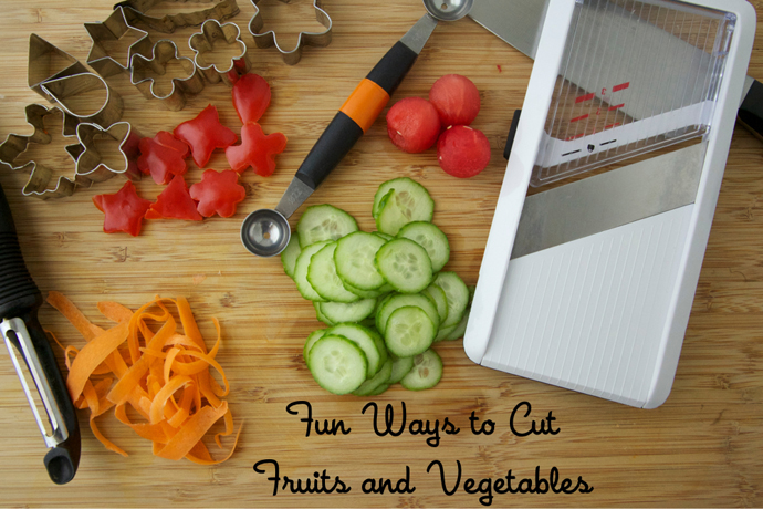 7 creative ways to pack vegetables for school lunch so that kids actually try them.