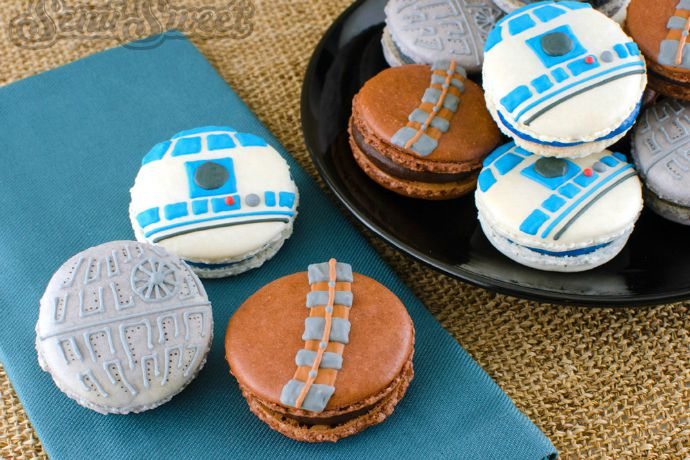 DIY Star Wars macarons. May the force be with you to resist them.