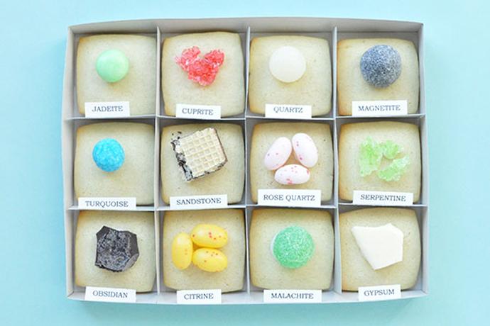 Web Coolness: Cinnamon Bun Oreos, 'Star Wars' gummies, the best teacher appreciation gift & more.