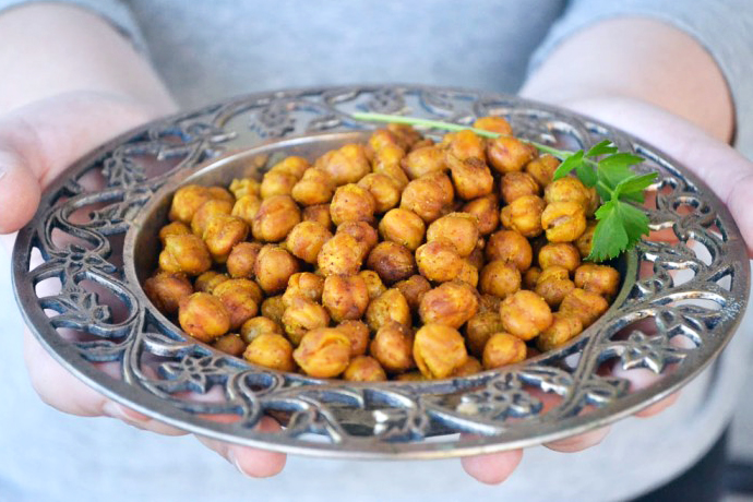 High protein snack attack: How to make roasted chickpeas 6 ways