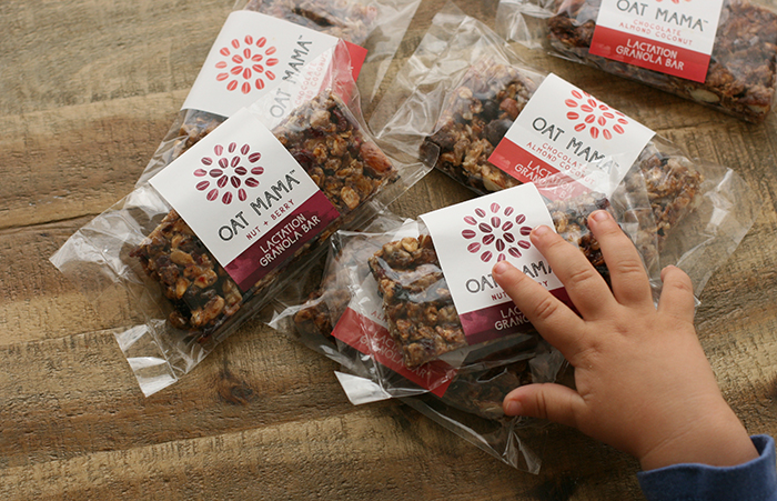 Oat Mama Granola Bars: Okay, so they're called Lactation Granola Bars, but here's why even non-nursing mamas will love them.