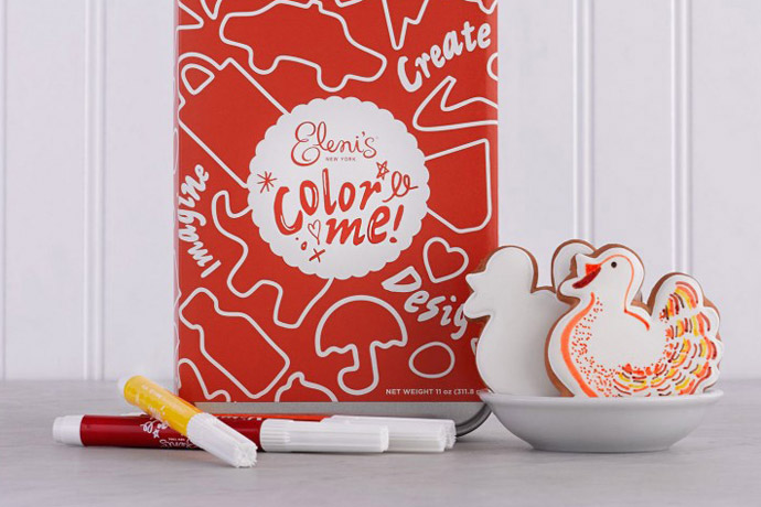 Color Me Thanksgiving Cookies: The perfect Thanksgiving activity (and treat) that is no stress for Mom and Dad.