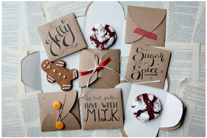10 pretty ways to package up Christmas cookie gifts. (And they won't arrive in pieces!)