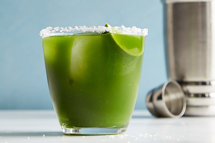 Green juice cocktail and mocktail recipes. Yup, really.