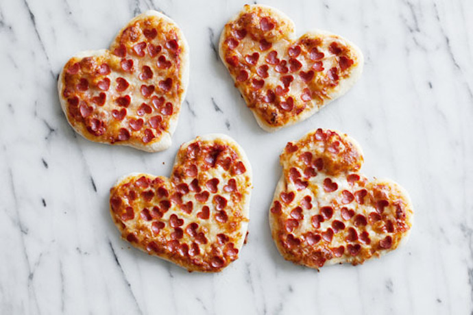 6 ideas for a really fun Valentine's Day lunch with the kids