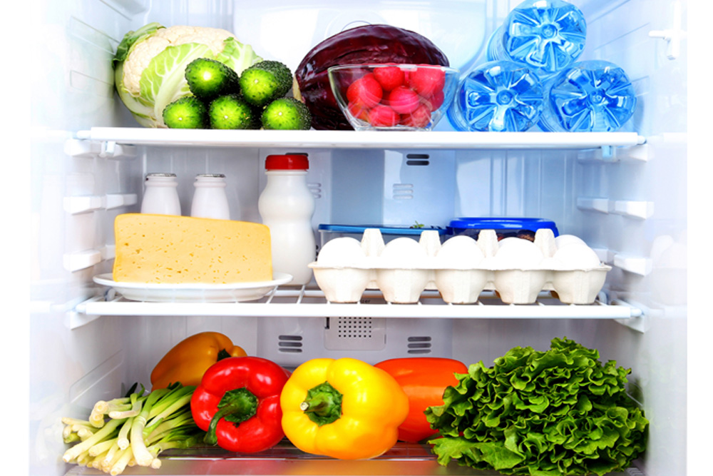 10 surprising foods that don't require refrigeration.