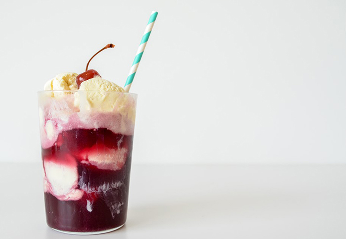 9 irresistible ice cream float recipes.