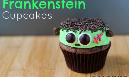 7 delightfully creepy Halloween cupcake recipes so easy a zombie could make them.