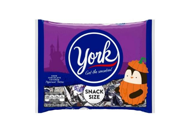 YORK Peppermint Pattie are a great allergy-friendly Halloween candy choice | Cool Mom Eats