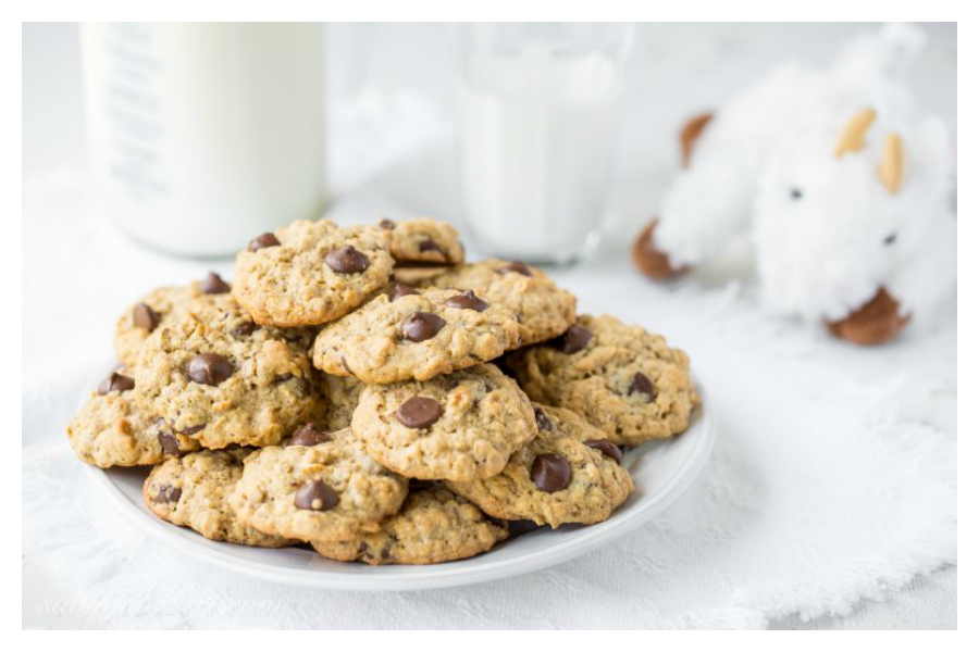 Snack recipes to help increase breast milk supply: lactation cookies at Saving Room for Dessert