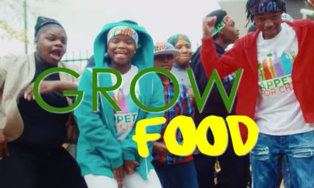 These teens rapping about healthy food is life. Because who needs to nae nae when we're whippin' in the kitchen.