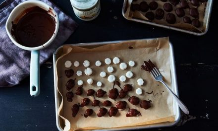 DIY movie theater candy recipes, to make family movie night more fun. (Or at least more delicious.)