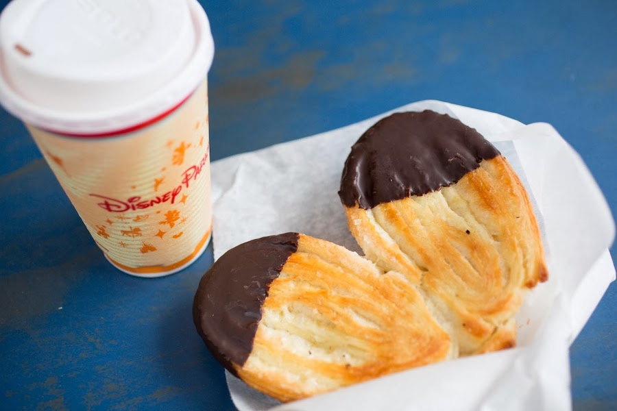 The 10 best Disney snack credit items to get the most value for your dollar.