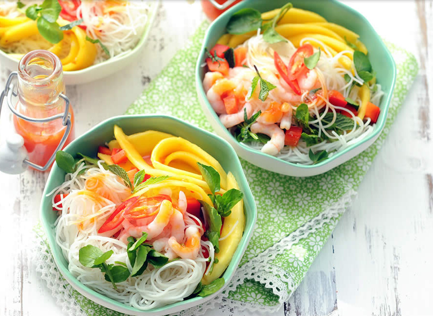 Cool Mom Eats weekly meal plan: Asian Noodle Salad with Shrimp, Watercress and Mango at Peapod [sponsor]