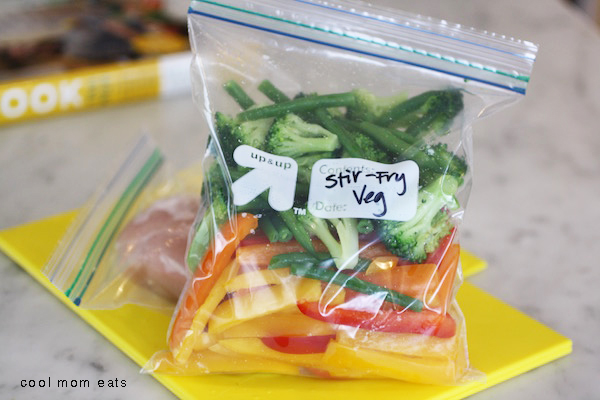 Back to school freezer meals: prep-ahead stir fry packs for the win! | Jane Sweeney for Cool Mom Eats