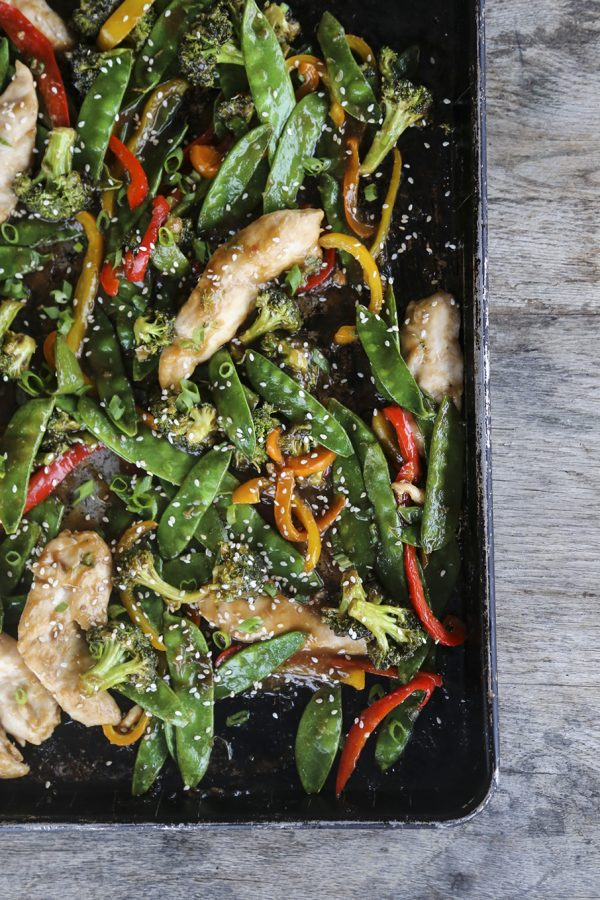 Best easy chicken recipes for families: Asian Chicken Stir Fry Sheet Pan Meal | Foodie with Family