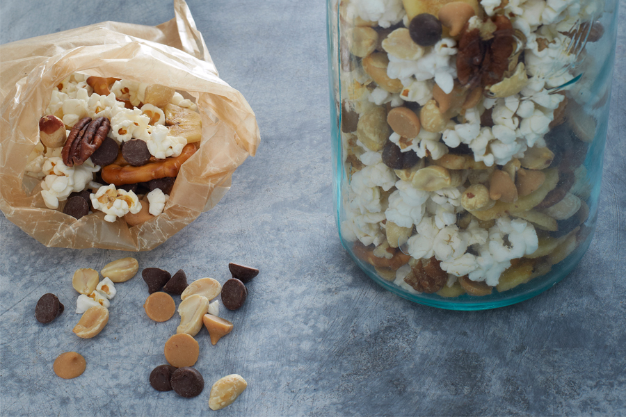 Make-Your-Own Trailmix: One easy grocery list, endless back-to-school snack options. | Back-to-School Lunch Guide