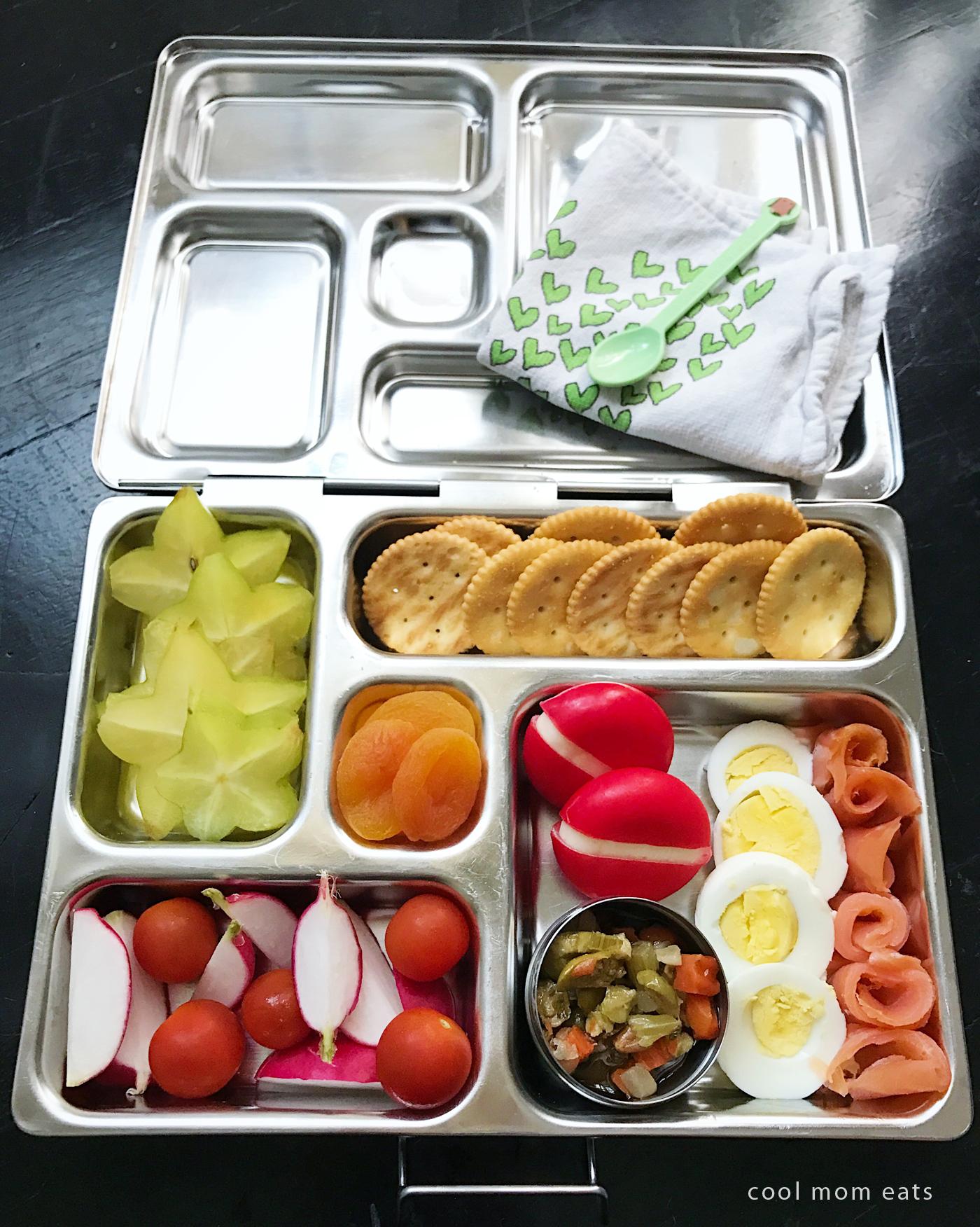 Fun school lunch ideas with Mini Babybel: Cracker Crostini Lunch Box! | Cool Mom Eats [sponsor]