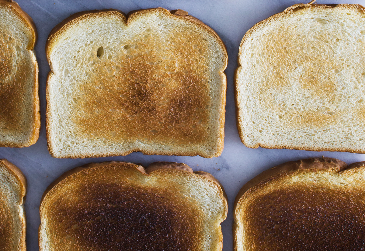 Sandwich bread is on our list of 5 surprising foods that we keep in our pantry that may contain artificial ingredients. Yikes! Check out the full list and get healthier alternatives too. | Cool Mom Eats