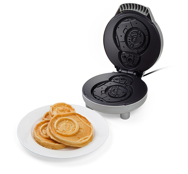 Star Wars recipes for Force Friday: BB-8 waffle maker! The perfect gift for your Star Wars loving family | Cool Mom Eats