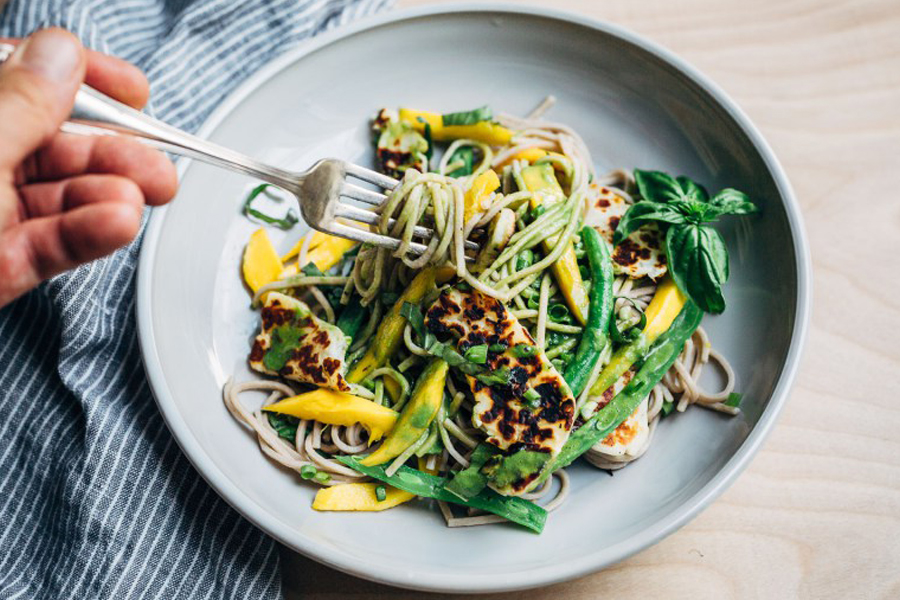 Next week's meal plan: 5 easy recipes for the week ahead, from super fresh noodles to DIY Shake and Bake Pork Chops.