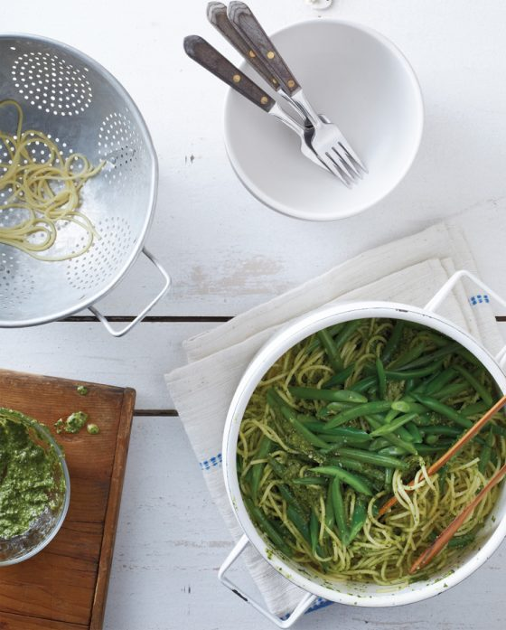 Cool Mom Eats weekly meal plan: Pasta with Spinach Pesto and Green Beans | Make It Easy Cookbook by Stacie Billis