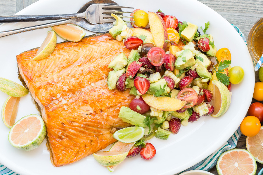 Next week's meal plan: 5 easy recipes for the week ahead, from a quick salmon broil to sheet pan fajitas.