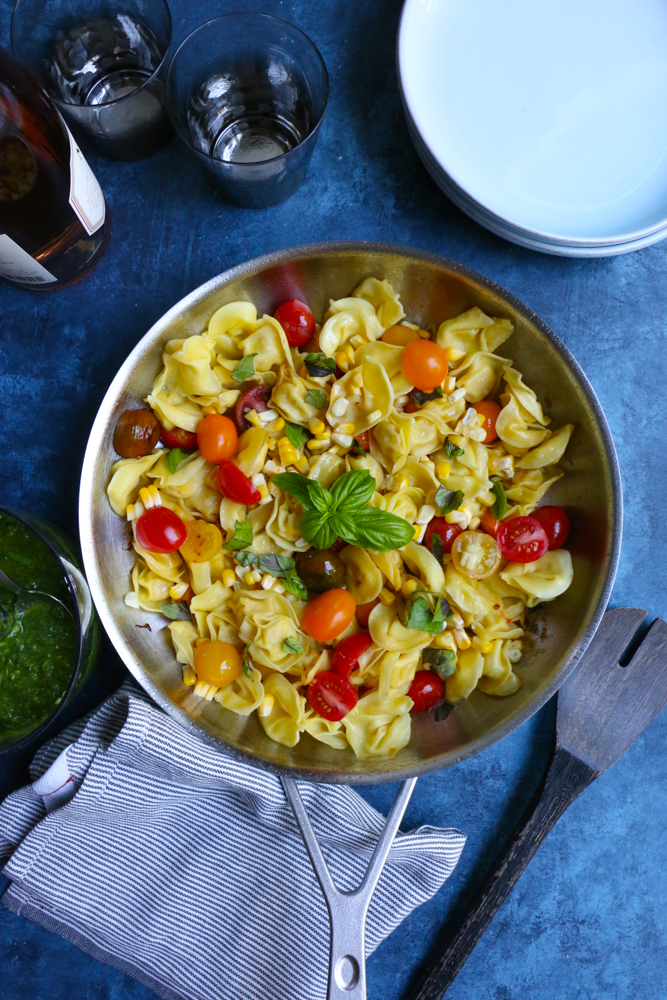 Three quick and easy things you can meal prep on Sunday for way easier weekday cooking: Summer Tortellini Salad at Hip Foodie Mom