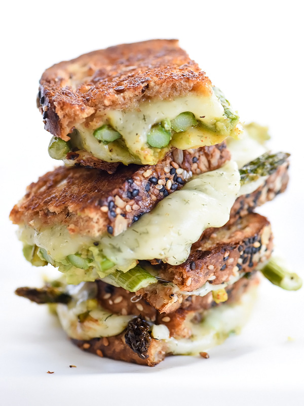One of our favorite ways to enjoy grilled cheese for dinner: Spicy Smashed Avocado & Asparagus with Dill Havarti Grilled Cheese | Foodie Crush