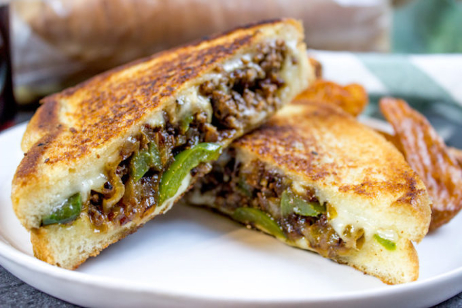 One of our favorite ways to enjoy grilled cheese for dinner: Ground Philly Cheesesteak Grilled Cheese | Dinner Then Dessert