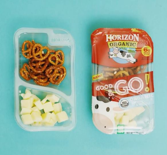 Horizon Good & Go packs are great high protein snacks you can buy at the store to make sure that your kids get the perfect portion of wholesome cheddar and some carbs to get them through the afternoon | Cool Mom Eats