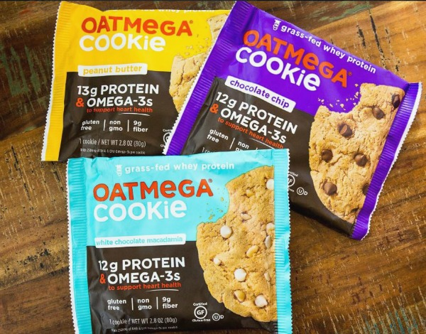 Whoa! These Oatmega cookies are naturally gluten free and contain 12-13 grams of protein and also omega 3's. This is a sweet, high-protein snack that we can get down with. | Cool Mom Eats