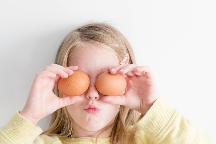 5 BTDT tips for surviving the switch to Paleo when you're feeding kids too.