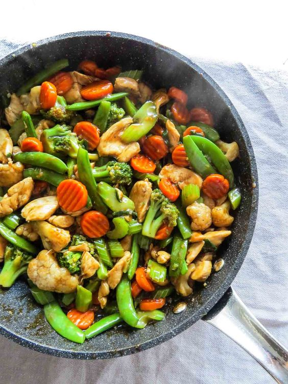 5 genius ways to use frozen vegetables for faster, easier weeknight meals: Kitchen Sink Chinese Stir Fry | The Beader Chef