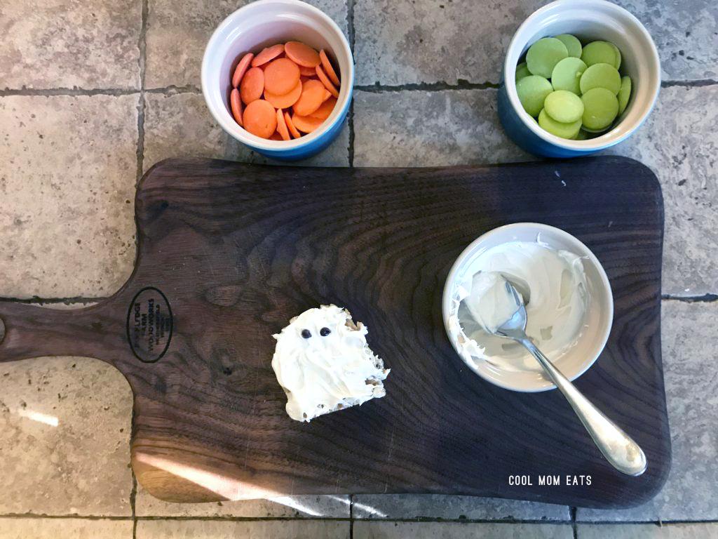 Easy Halloween dessert recipes: Super simple Halloween ghost Rice Krispies Treats | Cool Mom Eats | © photo Caroline Seigrist