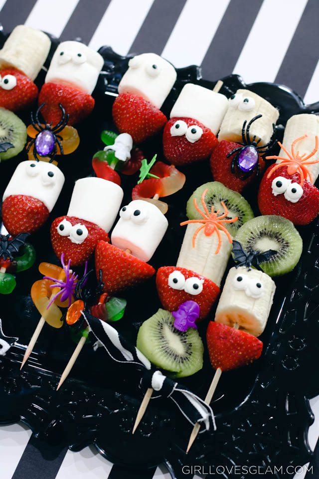Healthy-ish Halloween Lunchbox Treats: Fruit Kebabs at Girl Loves Glam