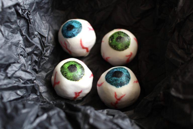 Healthy-ish Halloween lunchbox treats: Sweet Potato Eyeballs at AI Made It For You