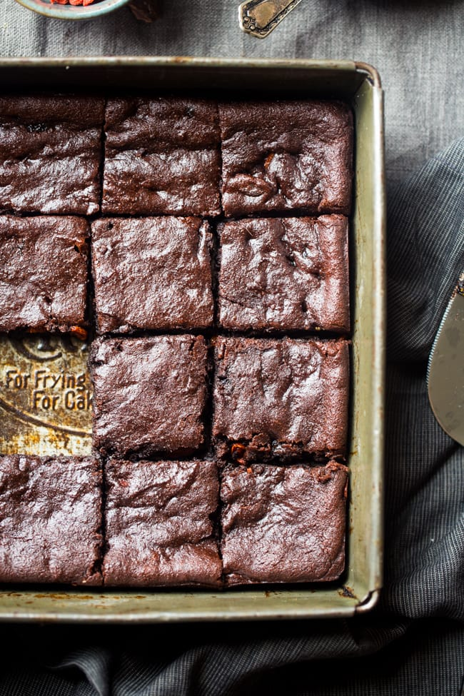 Superfood recipes for kids: Vegan Brownies with Berries and Tahini | Food Faith Fitness