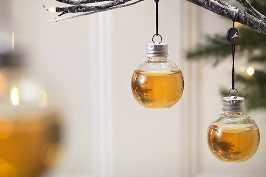 Web coolness: Boozy ornaments, avocado lattes, Oreo candy canes, and more!