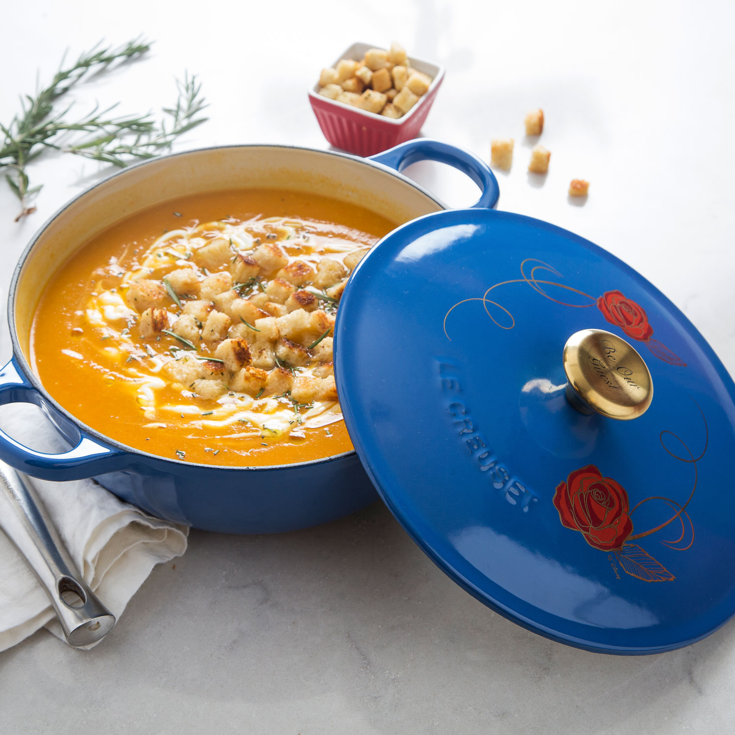 Splurge gifts for foodies who like to cook and eat it all: The Disney x Le Creuset Beauty and The Beast soup pot (hurry! limited quantities!) | Cool Mom Eats holiday gift guide 2017