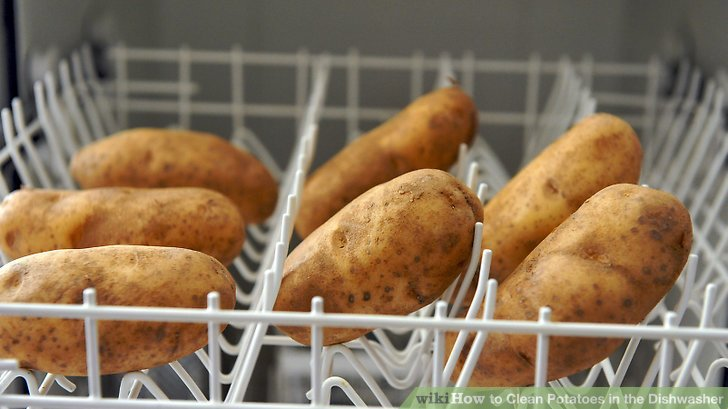 Thanksgiving cooking hacks: Wash potatoes in the dishwasher | Photo at WikiHow