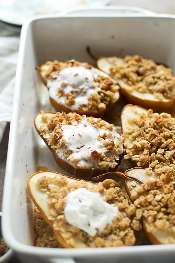 Champagne desserts for New Year's Eve: Baked Champagne Pears with Almond Oat Crumble | Cooking for Keeps