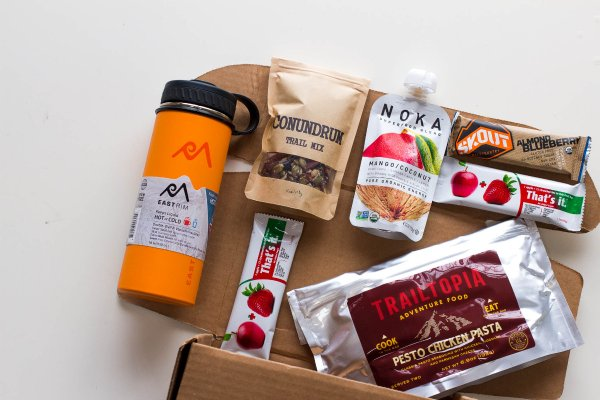 Best food subscription boxes perfect for last-minute holiday gifts: Hiker Craft, a monthly box filled with hiking gear including high-performance trail snacks and healthy camper meals | Cool Mom Eats holiday gift guide 2017