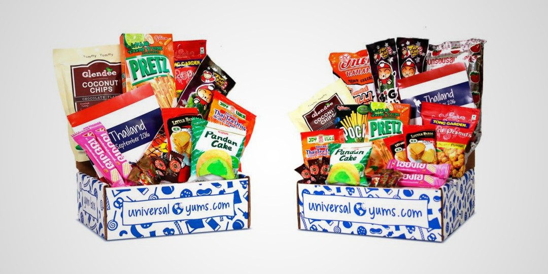 Best food subscription boxes perfect for last-minute holiday gifts: Universal Yums sends a box of snacks and candy from a new country every month, along with an educational booklet with info, games and trivia. Fun! | Cool Mom Eats holiday gift guide 2017