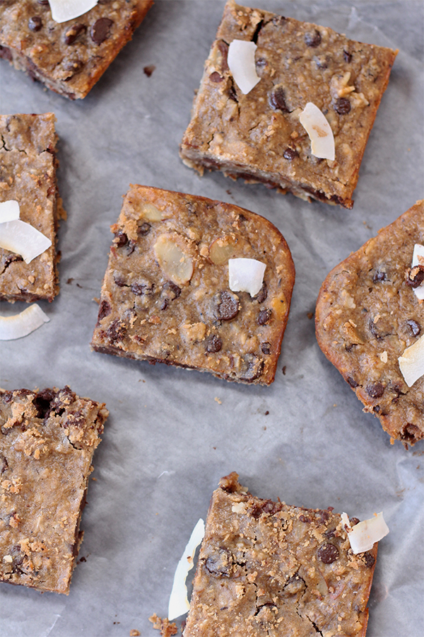 New Year's black-eyed pea recipes: Black-Eyed Pea Chocolate Chip Blondies by The Diary of An Ex-Sloth