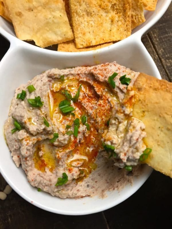 New Year's black-eyed pea recipes: Black-Eyed Pea Hummus by Grits and Pinecones
